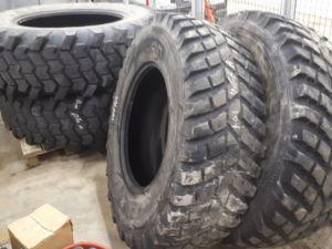Traktorin palakuvioiset renkaat