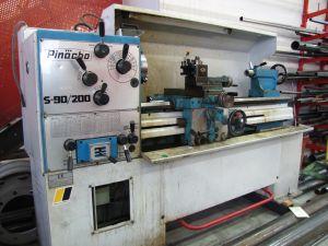 Kärkisorvi Pinacho S-90/200