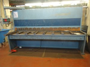 Levyleikkuri Hakomet CNC