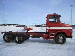 myydään Sisu SR 320 6x2