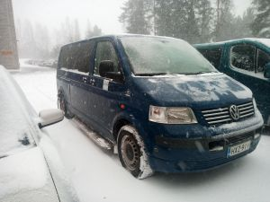 9 hengen pikkubussi VW Transporter (ilmoitukseen lisätty kuvia)