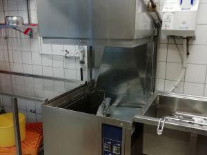 Myydään Kuputiskikone Electrolux WashTech 60 + pesulinjasto