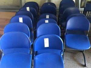 Luokkahuoneen tuoleja 18 kpl