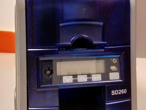 Datacard SD260 korttitulostin