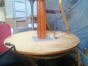 Pöydät 4kpl