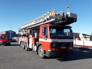 Volvo FL12 puomitikasauto 44 m