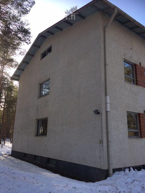 Kärkkäälän vanha kyläkoulu