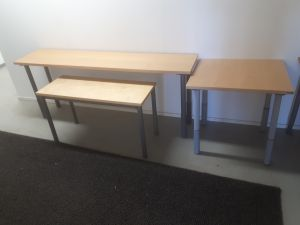 Pienet pöydät 3 kpl