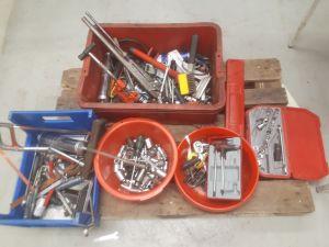 Keräilyerä työkaluja