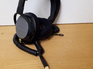 41kpl kuulokkeita