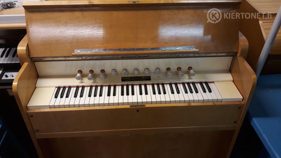 Harmoni, Nummelan Harmoonitehdas (2)