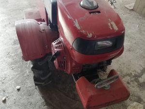 Honda yksisarvi traktori