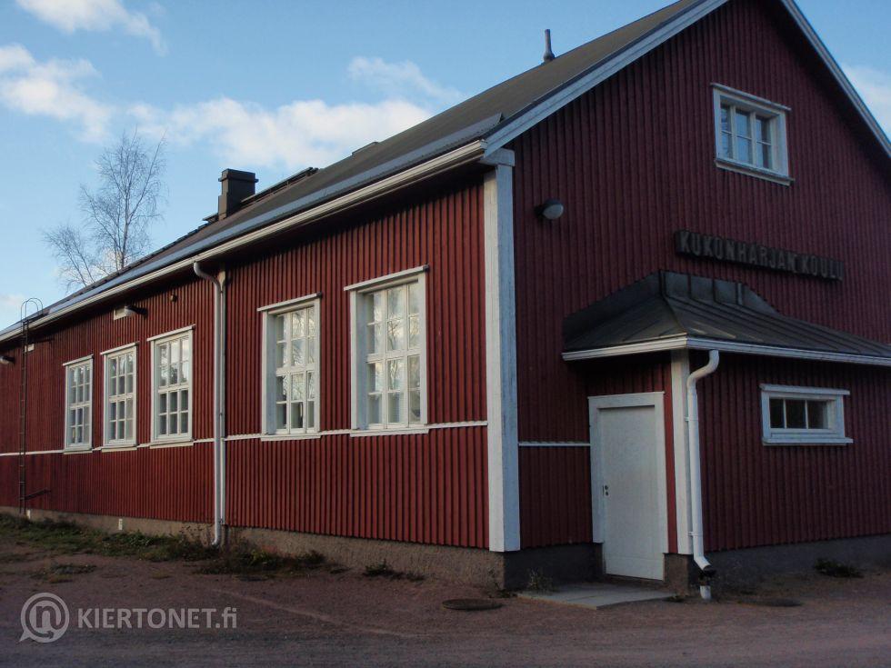 Myydään Kukonharjan entinen kyläkoulu Nakkilassa