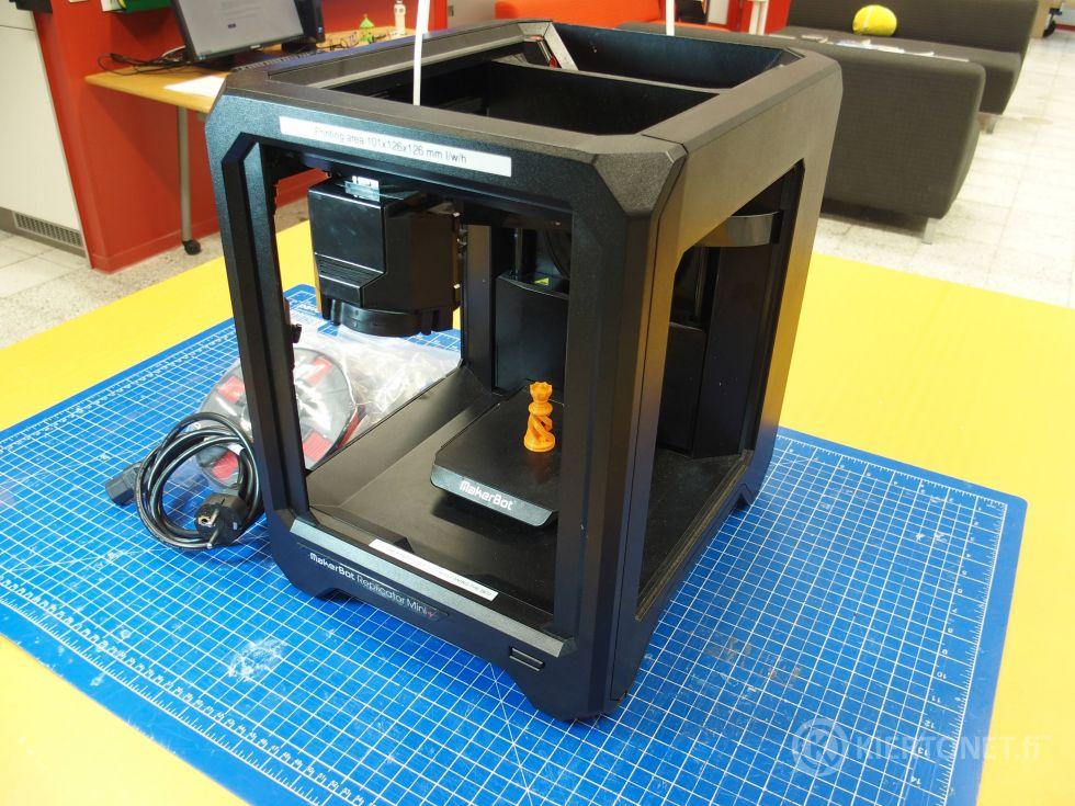 Makerbot Replicator Mini + 3d-tulostin
