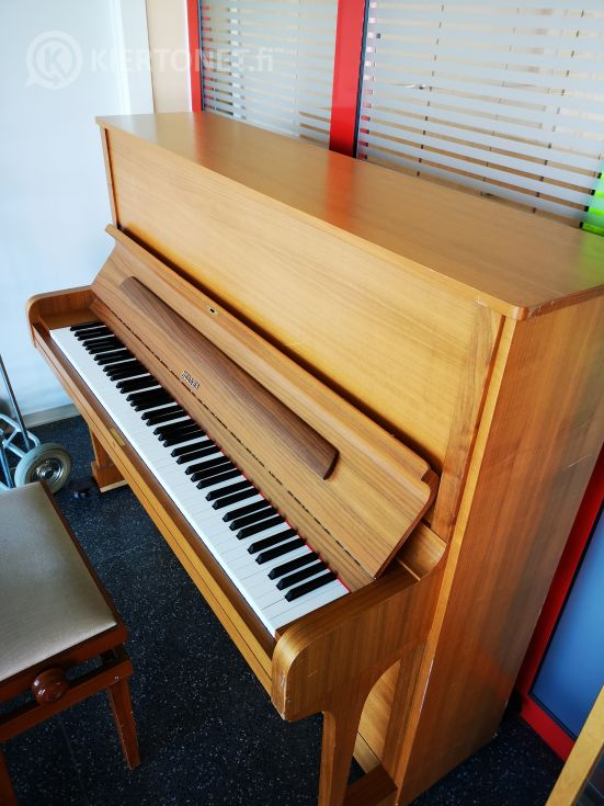 Nro 28 Hellas piano