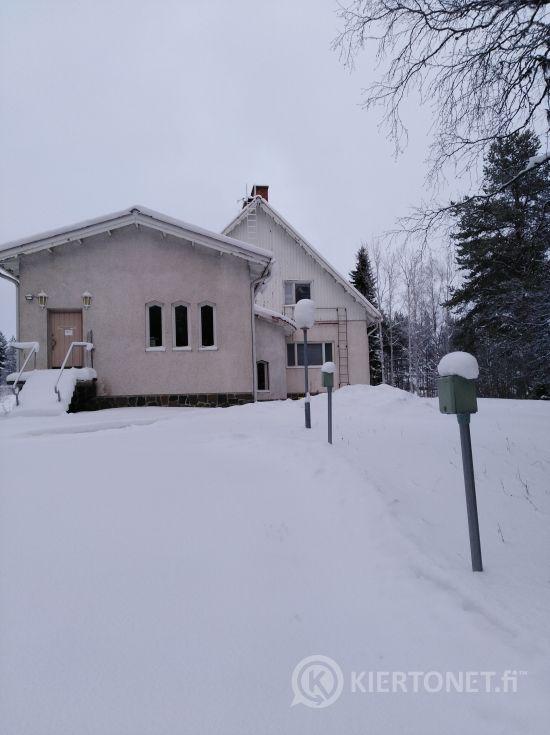MYYDÄÄN VANHA KIRKKOHERRANVIRASTOTALO