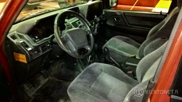 Mitsubishi 5D Pajero STW-2.8 Turbo GLS