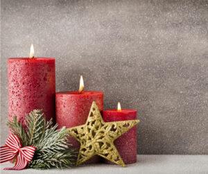 Joulukuu ja kynttilät.