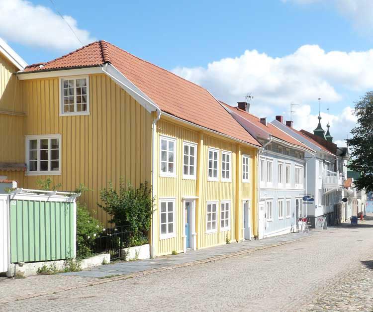 Kiinteistöliitto muistuttaa, että asunto-osakeyhtilaki ei sisällä poikkeuksia pienten taloyhtiöiden osalta.