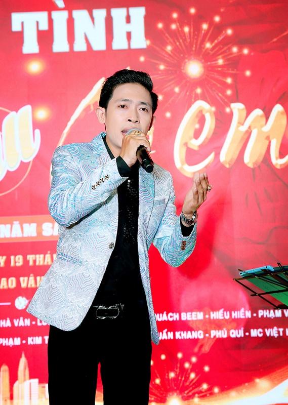 Ca sĩ Lâm Vũ cùng CLB Chân Tình chung tay tổ chức trung thu cho trẻ em nghèo, kinhtethoidai, kinhtethoidai.vn, kinh tế thời đại