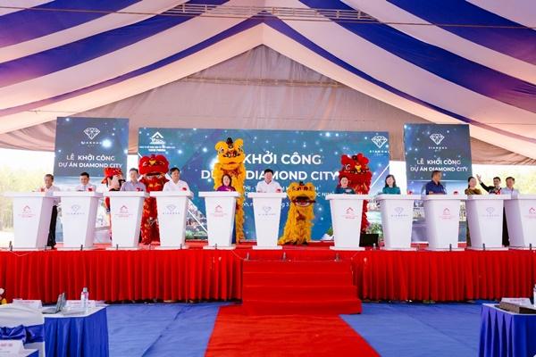 """Khởi công xây dựng Khu đô thị - Trung tâm hành chính - thương mại - dịch vụ - dân cư huyện Lộc Ninh """"Diamond City"""", kinhtethoidai, kinhtethoidai.vn, kinh tế thời đại"""