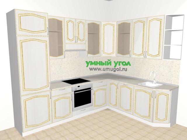 Белая кухня с золотым патинированием