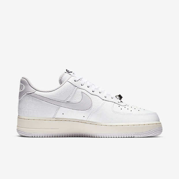 Air Force 1 '07 Low 1-800 [2]