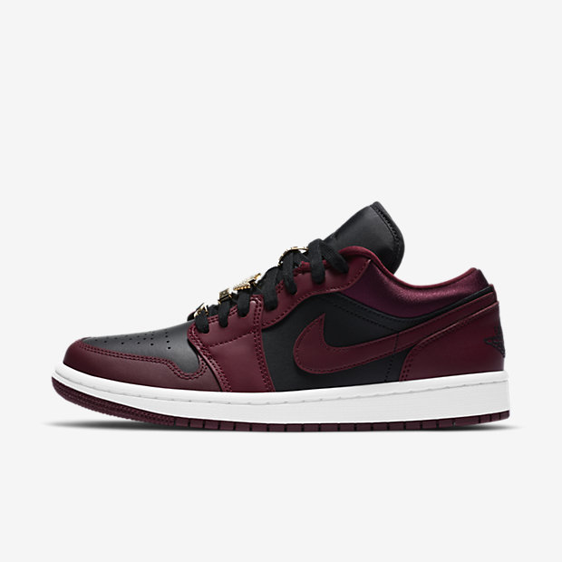 Air Jordan 1 Low Dark Beetroot (ウィメンズ) [1]