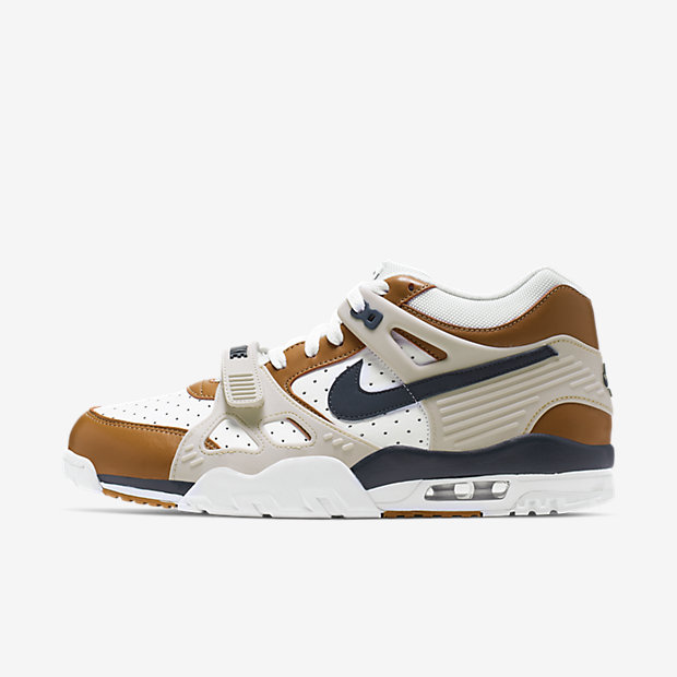 Air Trainer 3 Medicine Ball (2019)