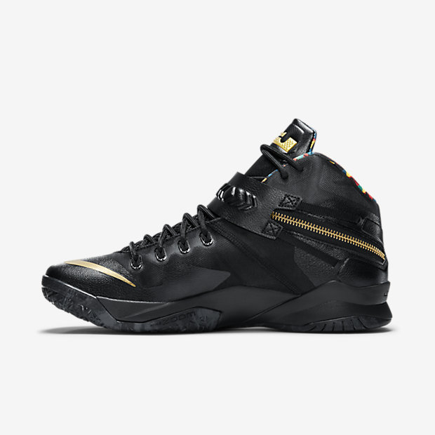 LeBron Zoom Soldier 8 Watch the Throne [1]