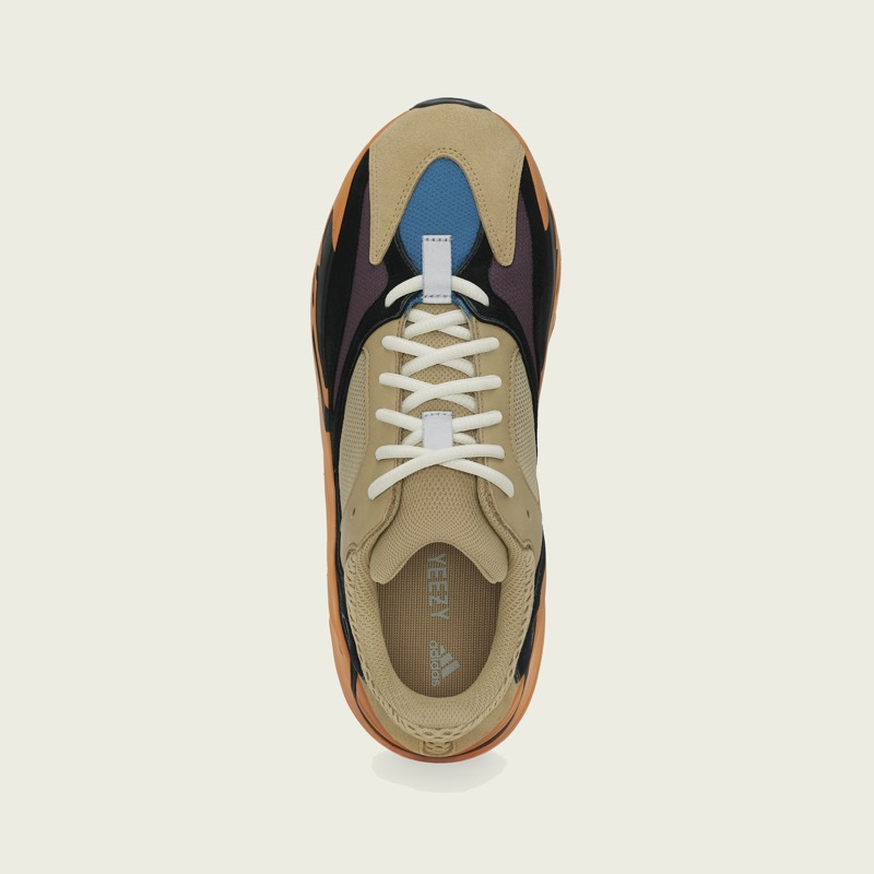 Yeezy Boost 700 Enflame Amber [4]