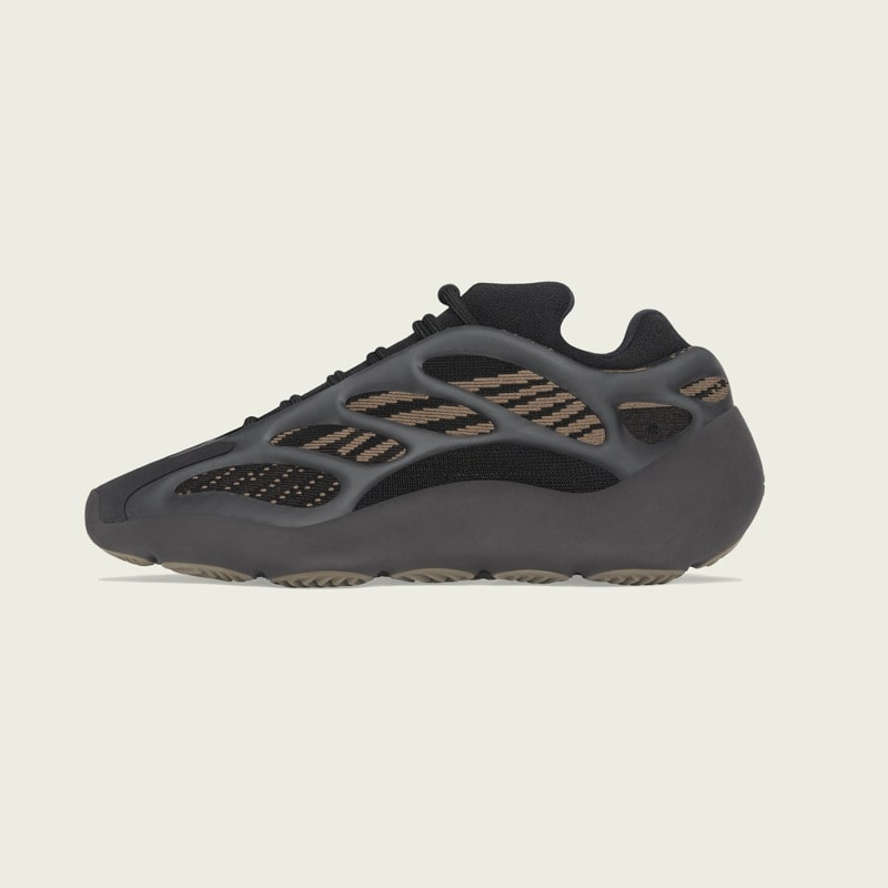 Yeezy 700 V3 Clay Brown [2]