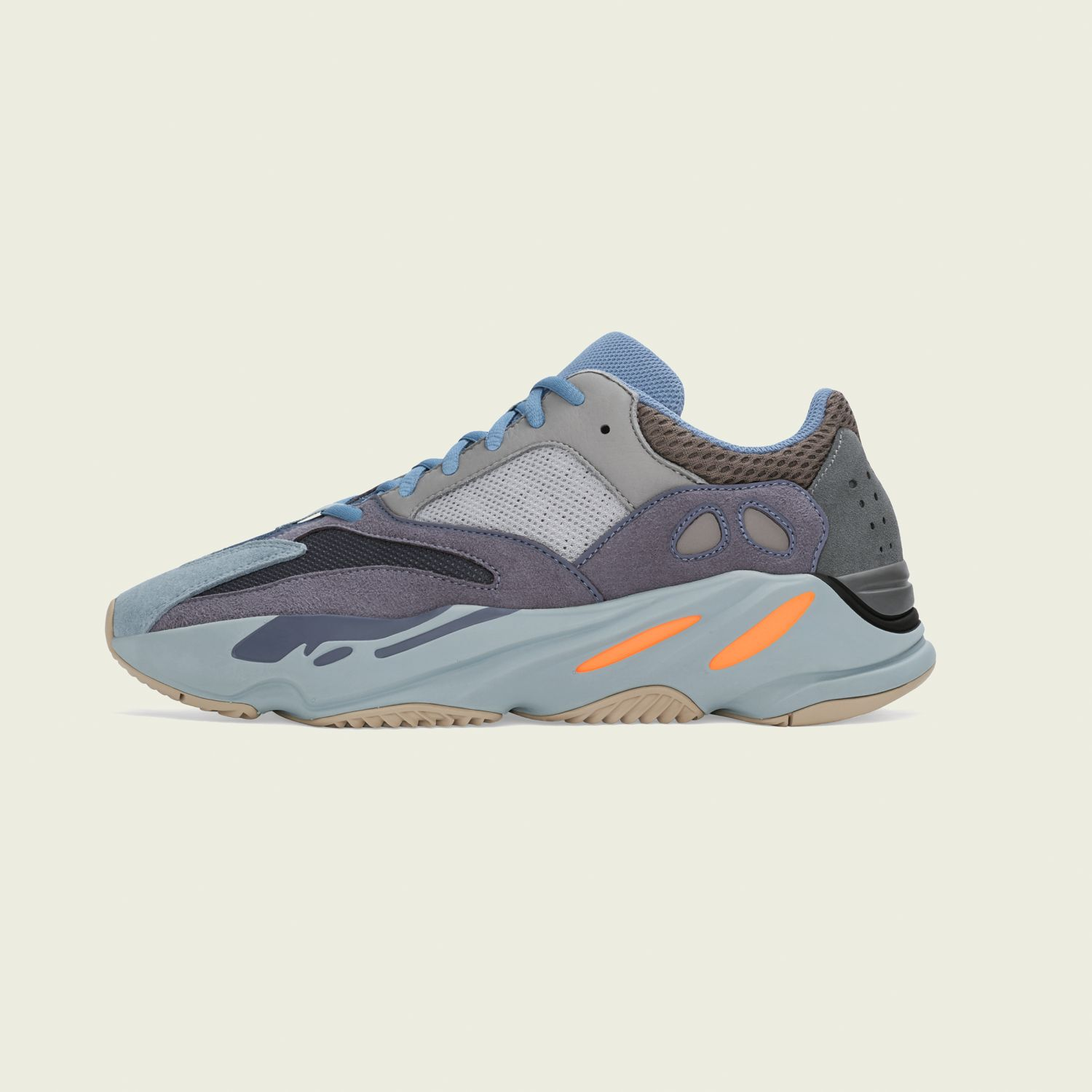 Yeezy Boost 700 Carbon Blue [2]