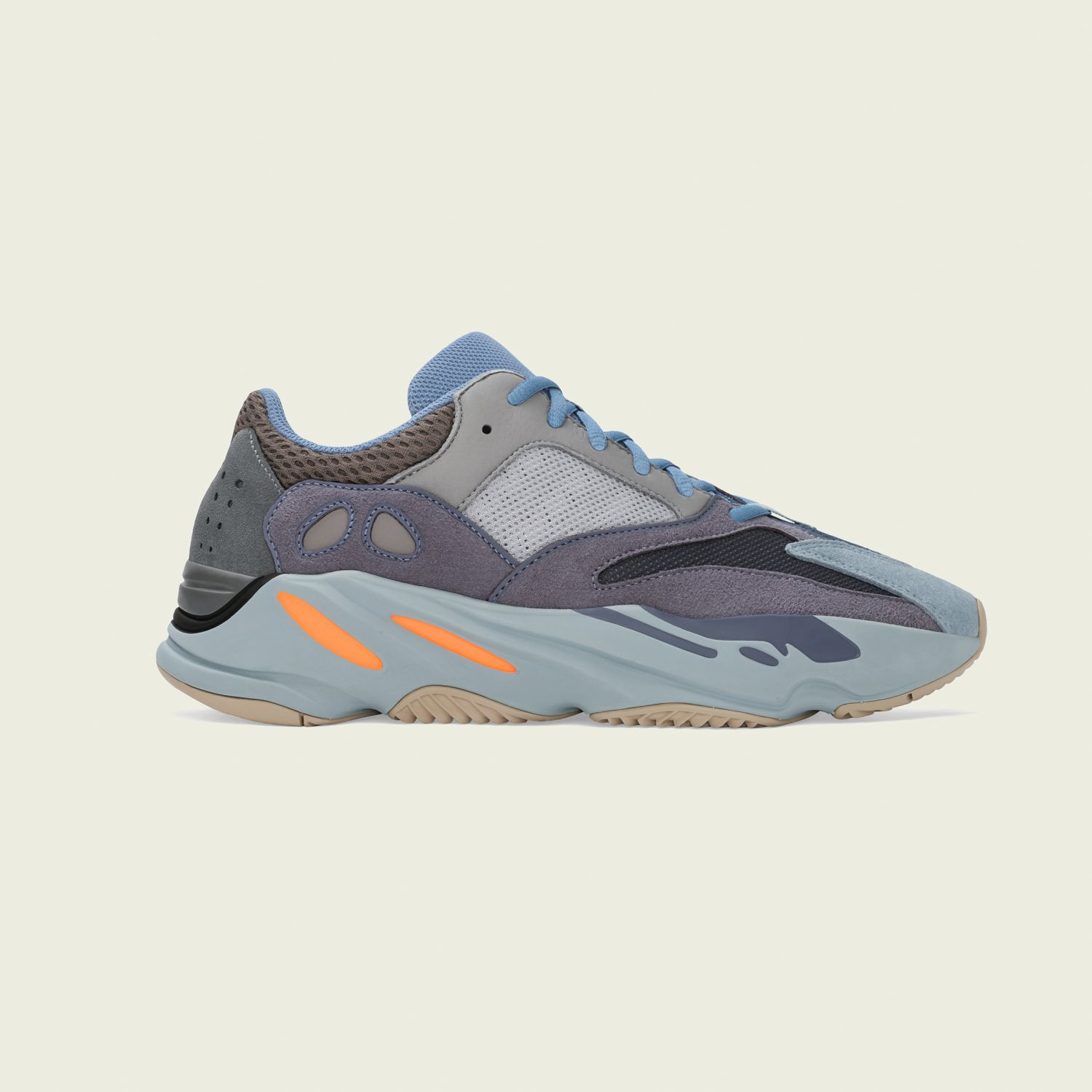 Yeezy Boost 700 Carbon Blue [1]