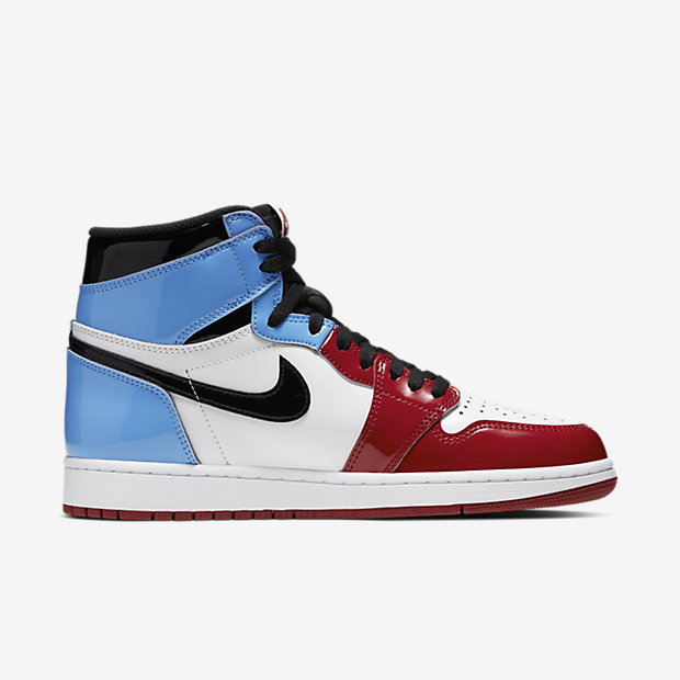 Air Jordan 1 Retro High Fearless UNC Chicago [2]
