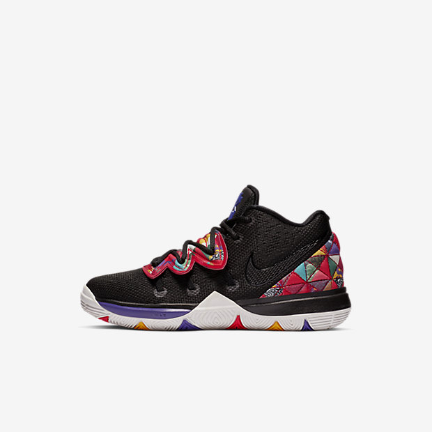 Kyrie 5 Chinese New Year 2019 (PSサイズ)