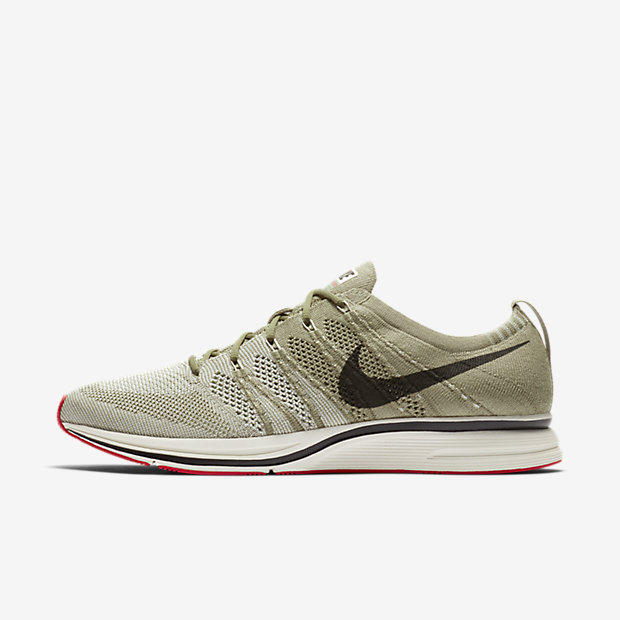 Flyknit Trainer Neutral Olive