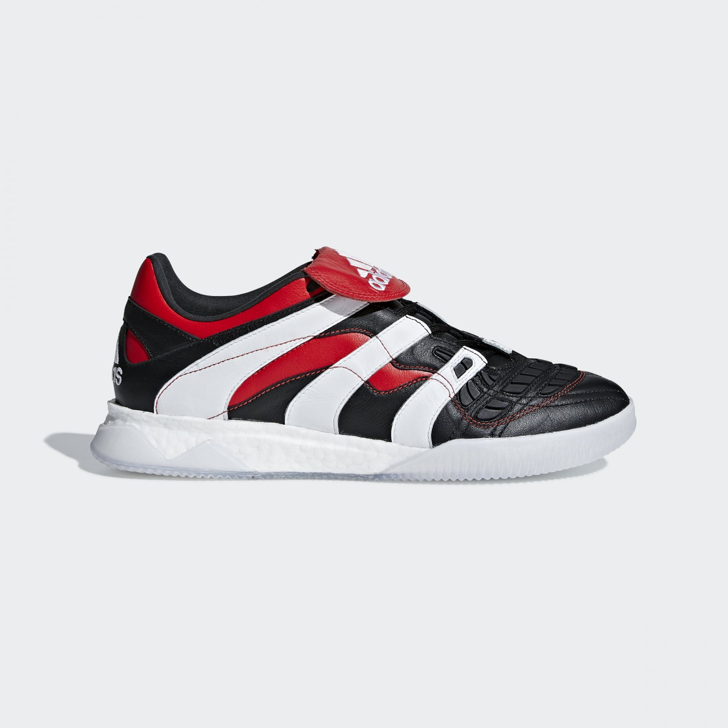 Predator Accelerator Black White Red