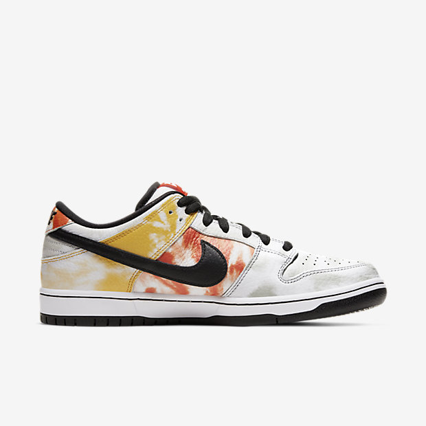 SB Heritage Dunk Roswell Rayguns White [2]