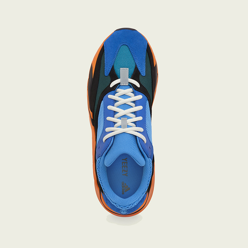 Yeezy Boost 700 Bright Blue [4]