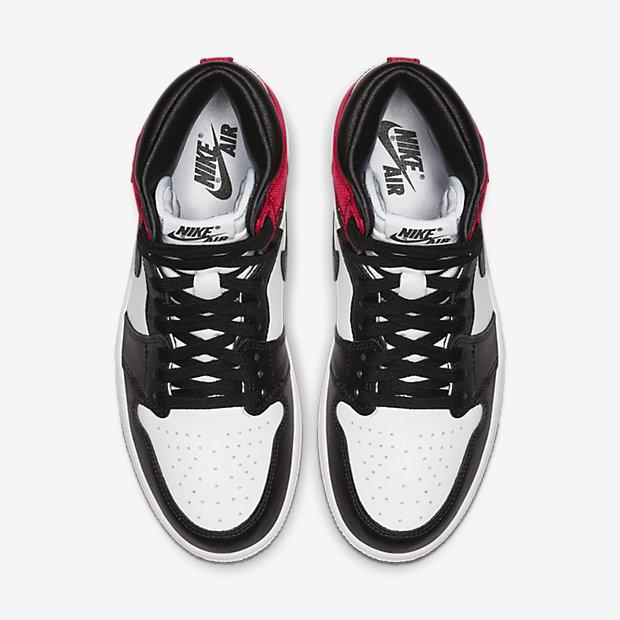Air Jordan 1 Retro High Satin Black Toe (ウィメンズ) [3]