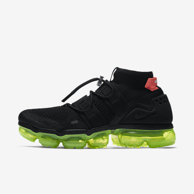 Air VaporMax Utility Black Volt Bright Crimson