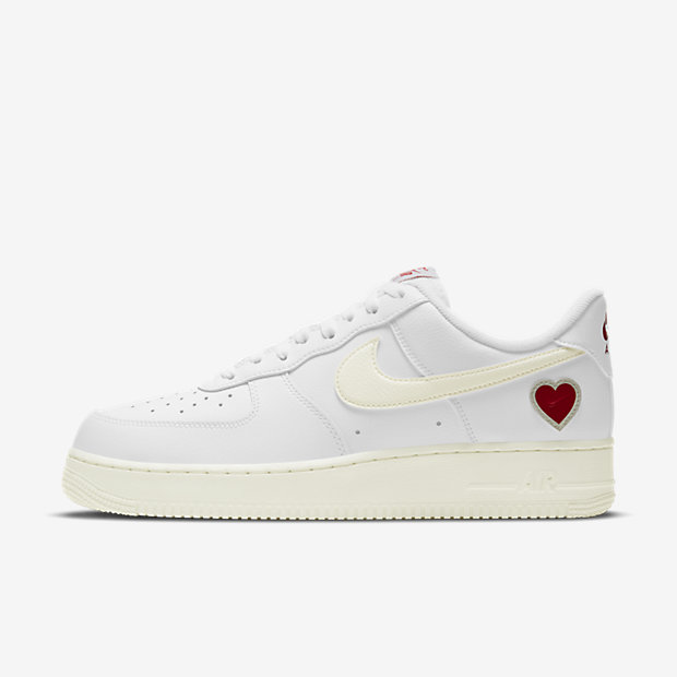 """Air Force 1 Low """"Valentine's Day"""" [1]"""