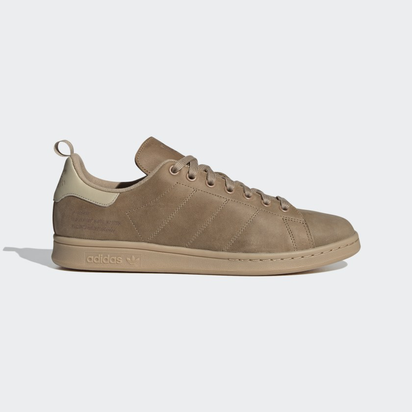 Stan Smith With Cold Weather Cardboard [1]