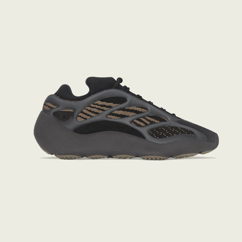 Yeezy 700 V3 Clay Brown [1]