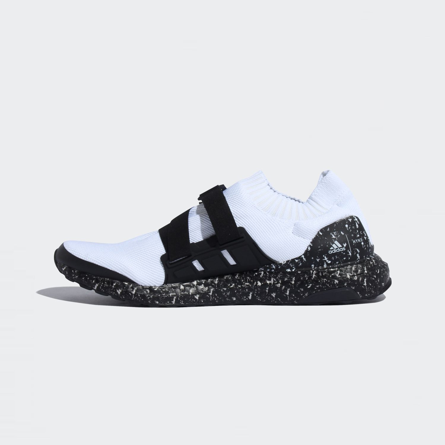 Ultraboost AH-001 White / Black [2]