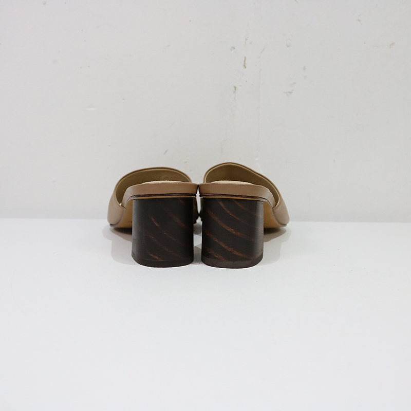 MARI GIUDICELLI / マリ ジウディセリ Deuxieme Classe取扱 CARMEN サンダル