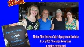Myriam Alliet fietst t.v.v. e-rolstoelhockey