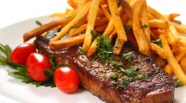 Steak met frietjes tvv Kloen