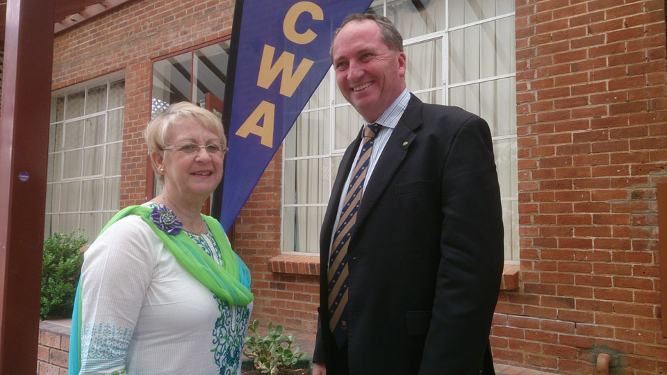 Federal Member for New England, Barnaby Joyce, with World President, Association Country Women of the World, Ruth Shanks AM.